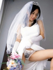 Stunning chinese bride in transparent..