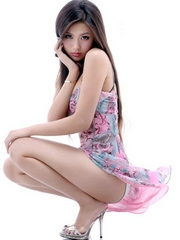 Naughty chinese cuties photographed..