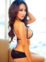 Perfect oriental babes show their..