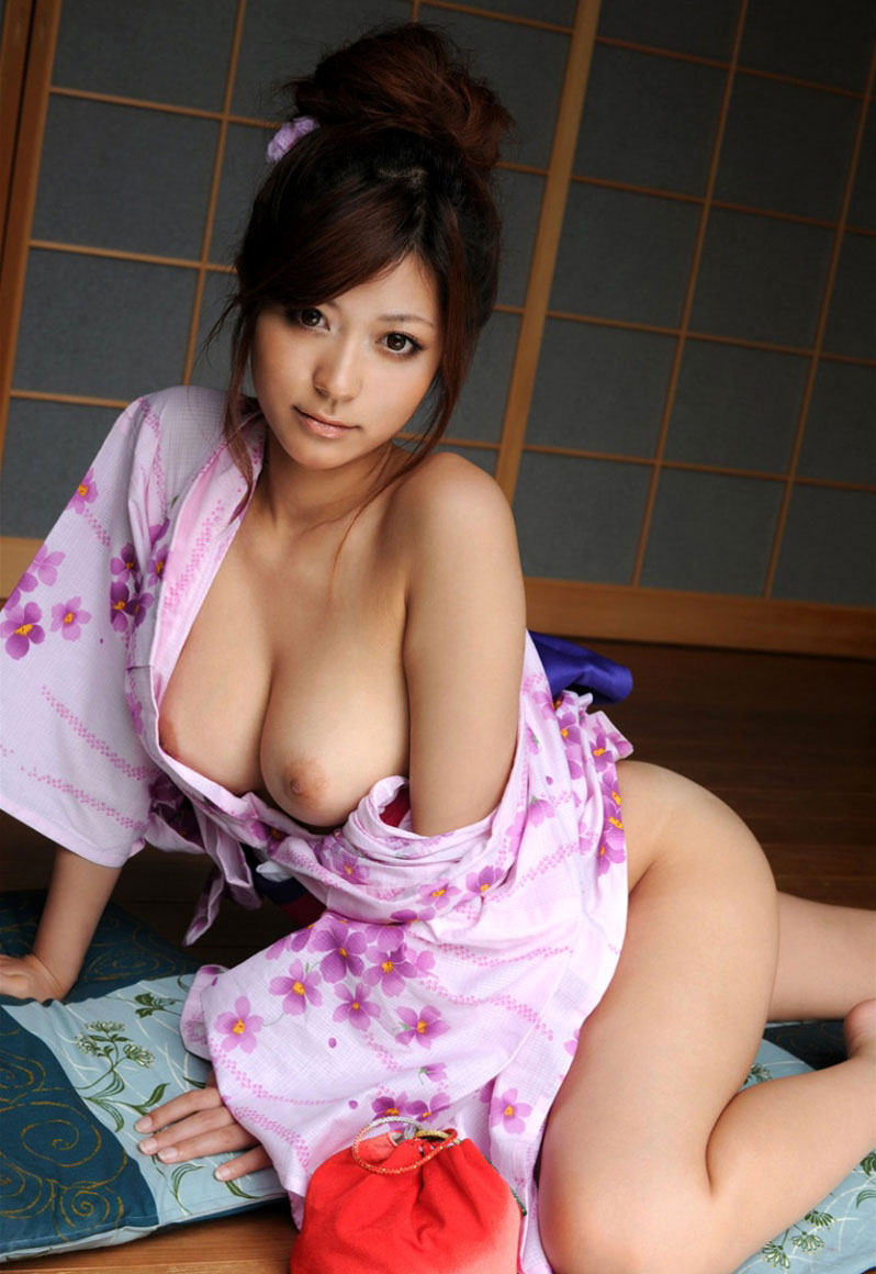 Natural Looking Asian Tits Pics